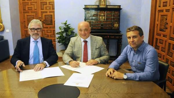 Convenio de la Diputación de Córdoba con Asaja