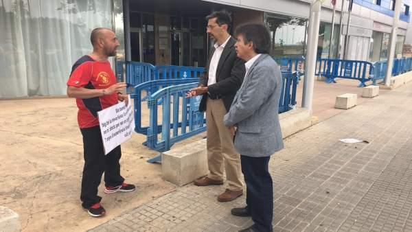 C's se reúne con un agente forestal en huelga por el catalán como requisito