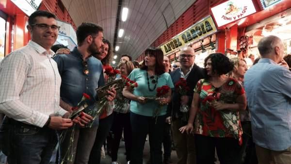 Reparto del PSOE en el Mercado de San Francisco de Jaén