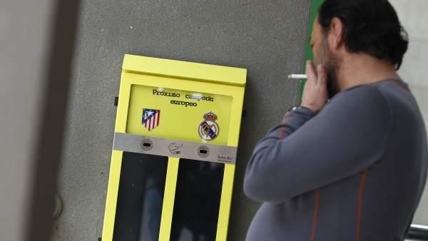 Urnas ceniceros del Real Madrid y el Atleti