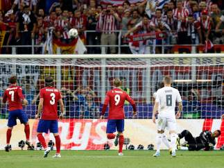 Griezmann falla el penalti