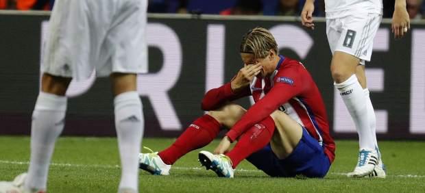 Milán, Lisboa y Bruselas; tres derrotas crueles y sin consuelo para el Atlético en Champions