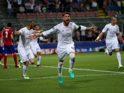 Ramos celebra el gol