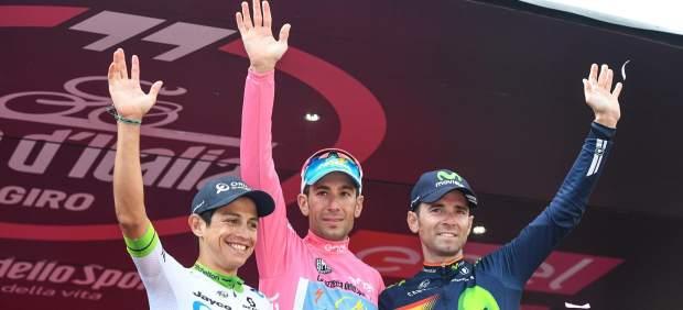 Vincenzo Nibali se corona en el Giro, donde el murciano Alejandro Valverde acabó tercero