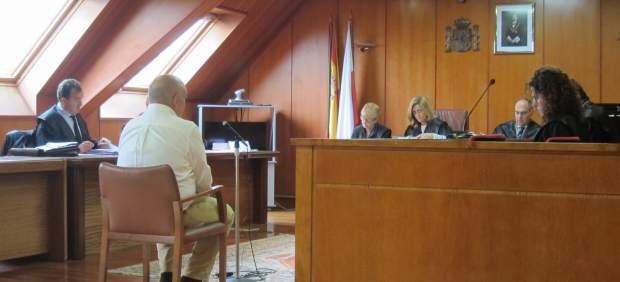 Acusado de cobrar indebidamente 288.000 euros de la pensión de su padre muerto
