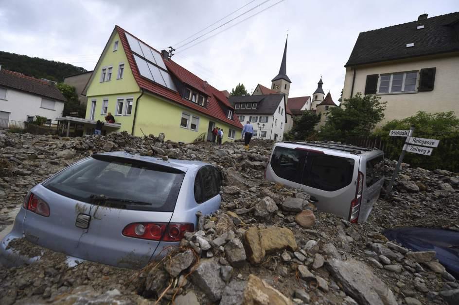 Al Menos Cuatro Muertos En Inundaciones Por El Temporal