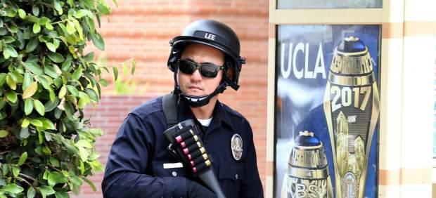 Dos muertos en un tiroteo en un campus de la Universidad de California en Los Ángeles