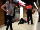 Vigilante agredido en el metro de Barcelona