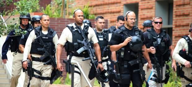 LOS ÁNGELES - POLICÍA