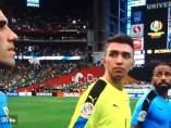 Copa América: le tocan el himno de Chile a la selección de Uruguay