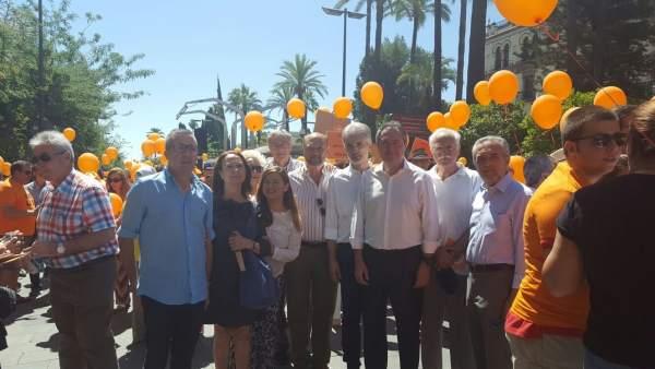 Representantes del PSOE en la marcha por la ELA