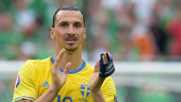 Zlatan Ibrahimovic con Suecia