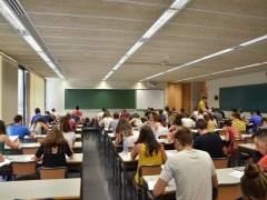 Alumnos en la universidad