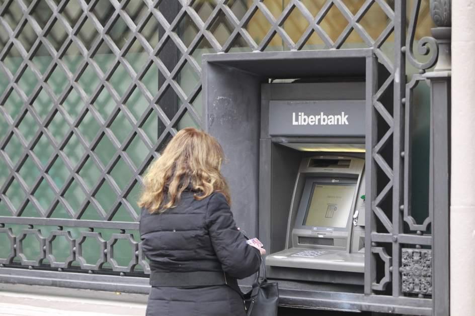 Liberbank rebaja al 1 4 el inter s de sus hipotecas a for Hipoteca interes fijo