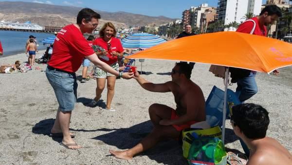 Reparto del PSOE por playas de Almería