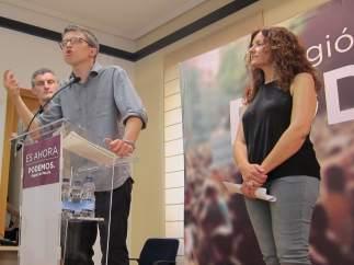 Íñigo Errejón, Oscar Urrulburu y María Ángeles.