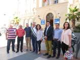 El candidato del PSOE al Senado Francisco Martínez Aldama con dirigentes PSOE