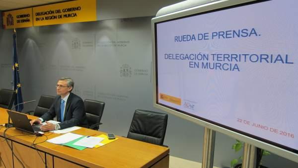 Juan Esteban Palenzuela durante la rueda de prensa