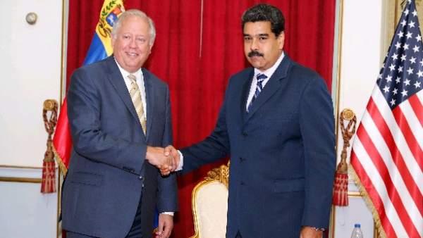 Nicolás Maduro y Thomas Shannon