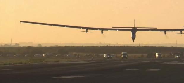 Solar Impulse II ya está en Sevilla