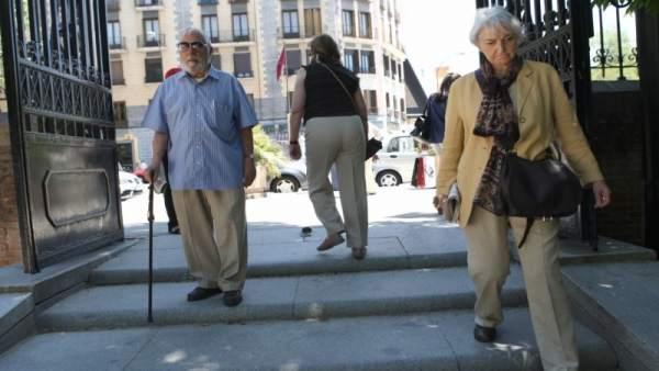 Imagen de unos pensionistas