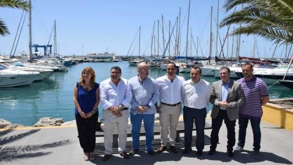 Ruiz Espejo y Rodríguez Gómez de Celis en el puerto de La caleta de Velez