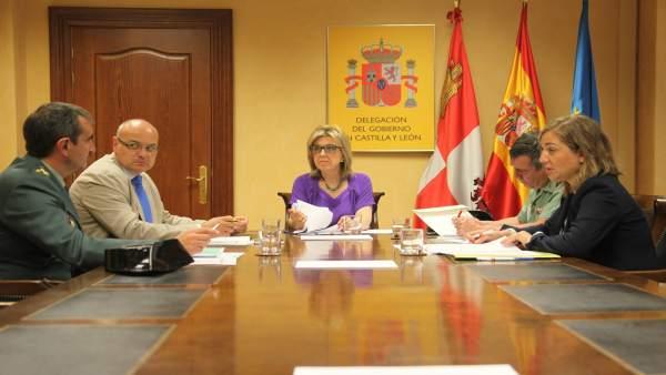 La delegada, María José Salgueiro, se reúne con la DGT