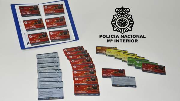 Imagen de las tarjetas falsificadas
