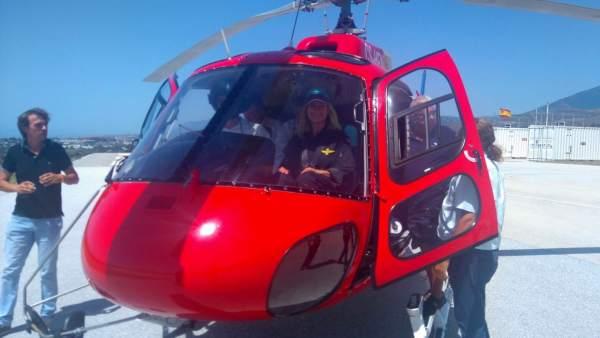Irene Rivera, Ciudadanos, pilota un helicóptero