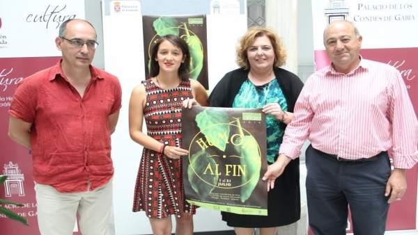 Presentación de la XVI edición de las becas 'alRaso'.