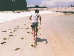 ¿Por qué correr descalzo es mejor que hacerlo con calzado?