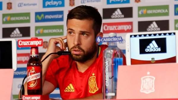 Jordi Alba en rueda de prensa