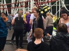 Al menos siete heridos al descarrilar un vagón de una montaña rusa en Escocia