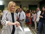 Cifuentes vota en Madrid