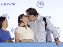 El PP se refuerza y gana, el PSOE resiste y los emergentes retroceden