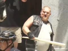 Al menos diez heridos en una pelea entre neonazis y antifascistas en Sacramento