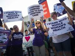 El Supremo de EE UU falla contra Texas y refuerza el derecho de las mujeres a abortar