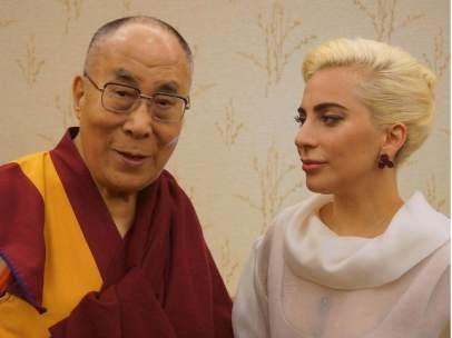 El Dalai Lama y Lady Gaga