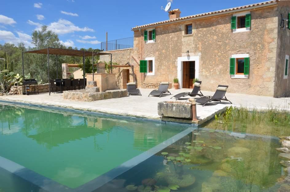 Turismo rural para el verano casa aislada o casa con piscina - Casa de verano con piscina ...
