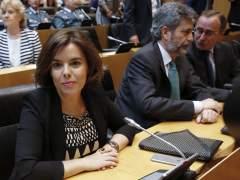 """Sáenz de Santamaría: """"Merece la pena explorar la posibilidad de un Gobierno con el PSOE"""""""