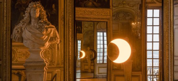 El Palacio de Versalles obsequia a sus visitantes con arte moderno
