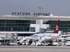Al menos 10 muertos y 20 heridos tras un ataque terrorista en el aeropuerto de Estambul