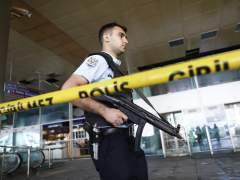 El atentado en Estambul espanta al visitante extranjero y dirige a más turistas hacia España