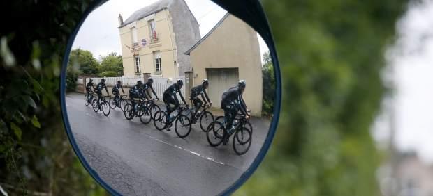 Equipo Sky entrenando para el Tour de Francia 2016
