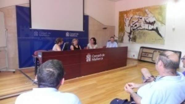 Sesión formativa del Consell