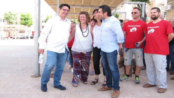 García, Doblas, Pernichi y Del Castillo en la Plaza de la Unidad