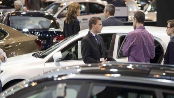 Las ventas de coches usados aumentan, según Ganvam.