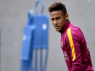 Neymar, en el Barça hasta 2021