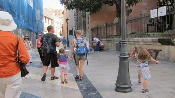 Turismo, Turista, familia, paseo, rubios, niños, juventud, menores