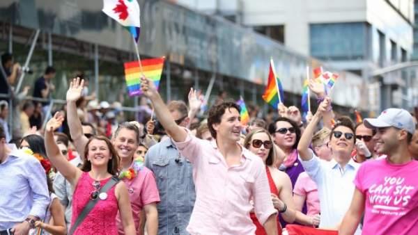 Trudeau en la marcha del Orgullo de Toronto